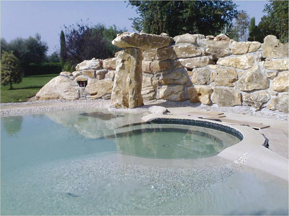 Benza realizzazione di piscine prefabbricate bio piscine balneabili biolaghi artificiali e - Piscine in pietra ...