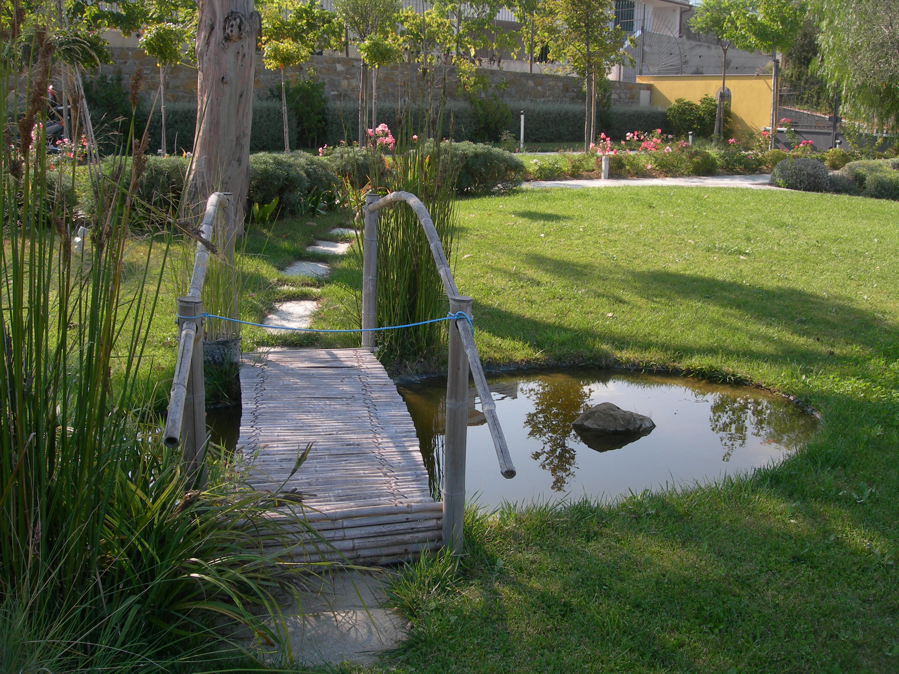 Benza laghetti da giardino cascate e ruscelli artificiali - Cascata da giardino ...