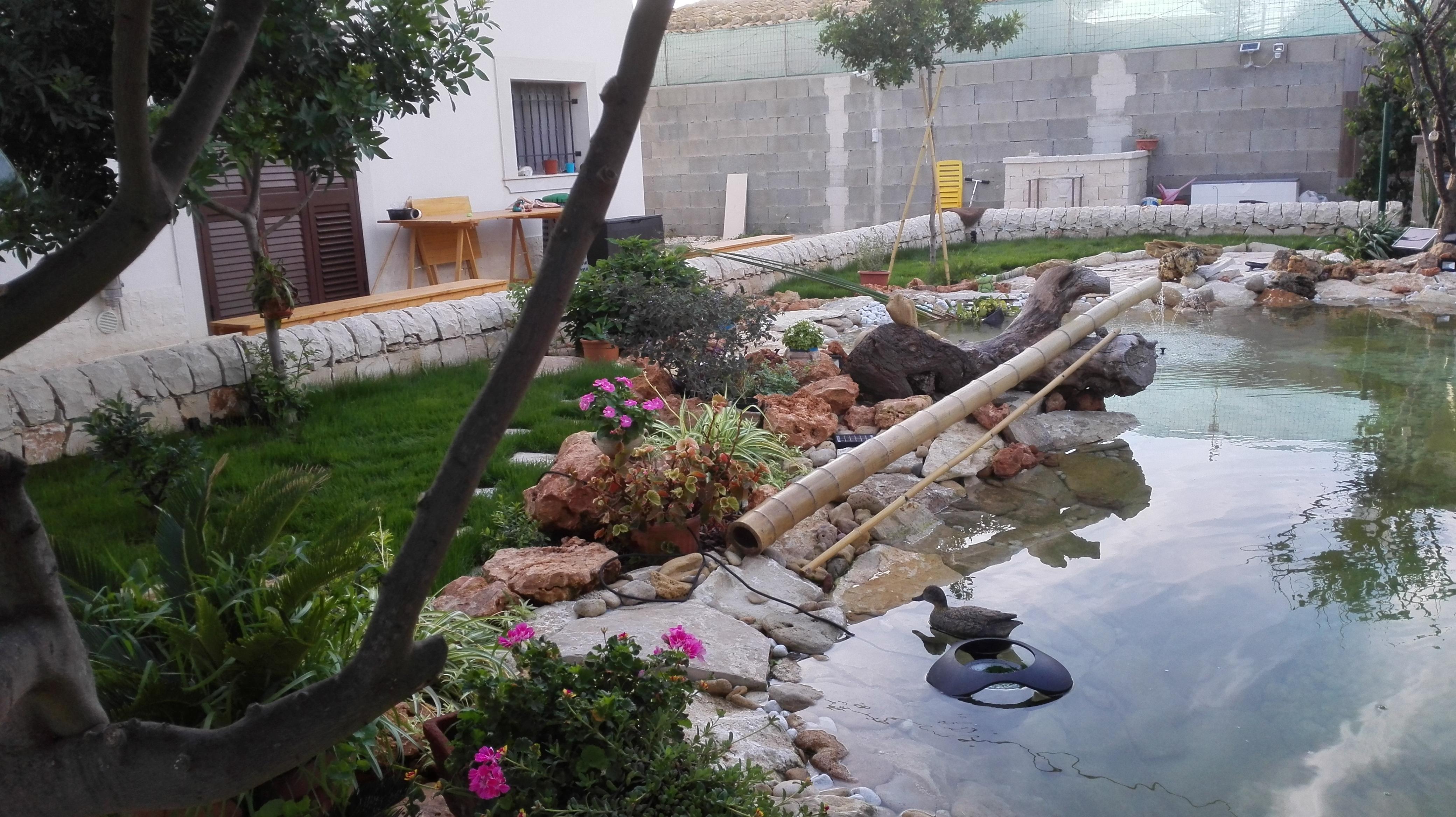 Cascata Per Laghetto Da Giardino : Benza laghetti da giardino cascate e ruscelli artificiali