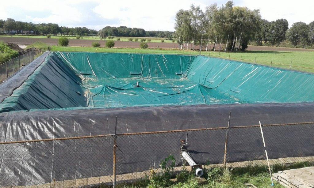 Benza vasche prefabbricate per la zootecnia laghi per for Vasche pvc per laghetti